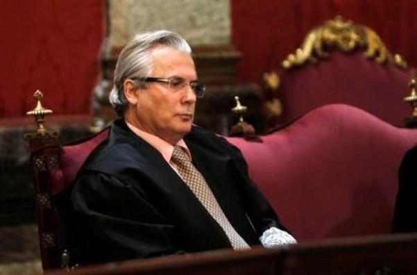 El juez Baltasar Garzón, en el Tribunal Supremo, en Madrid, en la primera jornada del juicio por prevaricación en 2012.