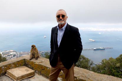 'El italiano': Arturo Pérez-Reverte se sumerge con una historia de amor en la gran aventura de los buceadores de combate de Italia de la Segunda Guerra Mundial   Cultura