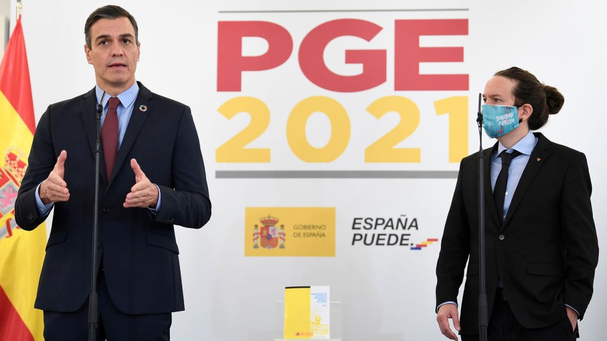 Pedro Sánchez y Pablo Iglesias, durante su comparecencia de esta mañana en La Moncloa.