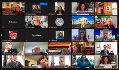Teletrabajo: Por qué las reuniones con Zoom cansan más que las presenciales | Economía | EL PAÍS