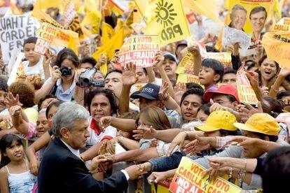 Durante un mitin en el Zócalo, Lopez Obrador denunció fraude en las elecciones el 8 de julio de 2016.
