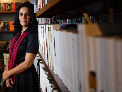 Lydia Cacho (ayer, en Madrid) ha viajado por varios países para documentar el comercio de mujeres.Ángel Navarrete
