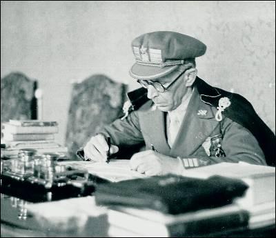 Julio Mangada, en una de las fotografías recuperadas.