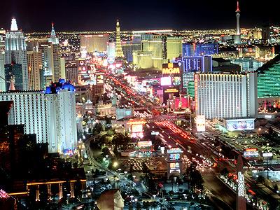 Imagen nocturna de la ciudad de Las Vegas en el estado de Nevada, EEUU.