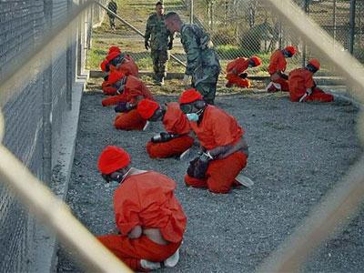 Presos en Guantánamo, en una imagen publicada por el Departamento de Defensa de EEUU - EFE