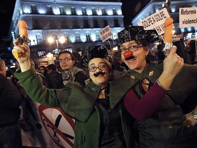 Concentración en la Puerta del Sol contra el 'el golpe de Estado de los mercados'.