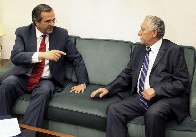 El líder de Izquierda Democrática, Fotis Kouvelis, junto al presidente de Nueva Democracia, Andonis Samarás. -