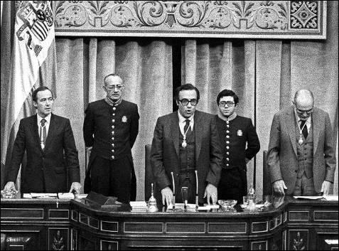 En 1982 Gregorio Peces-Barba fue nombrado presidente del Congreso de los Diputados. Lo fue hasta 1986.