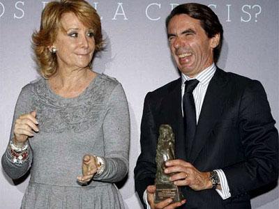 Aznar, con Aguirre, en una imagen de 2010.- EFE