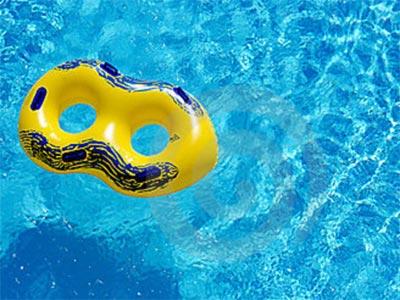 El flotador puede convertirse en el peor enemigo del niño.