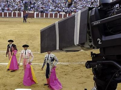 TVE vuelve a retransmitir toros a partir de septiembre.-