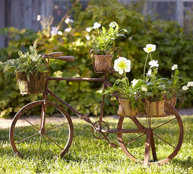 Bicicleta Reciclada para decorar el jardin