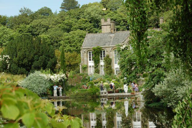 Imagenes De una hermosa vista del Jardin Gresgarth Hall