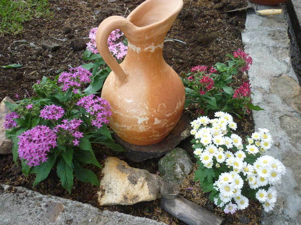 Spring in the Garden - Living Green with Baby