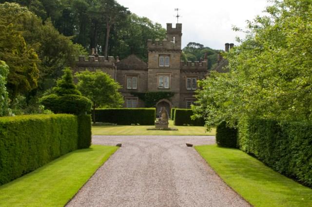 Imagenes del Jardin Gresgarth Hall entrada frontal