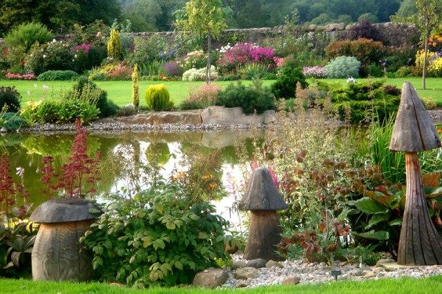 Imagenes del Jardin Gresgarth Hall para fondo celular