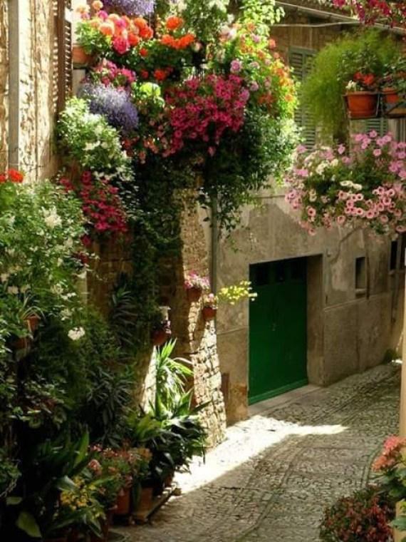 Fotos de casas con jardines de flores