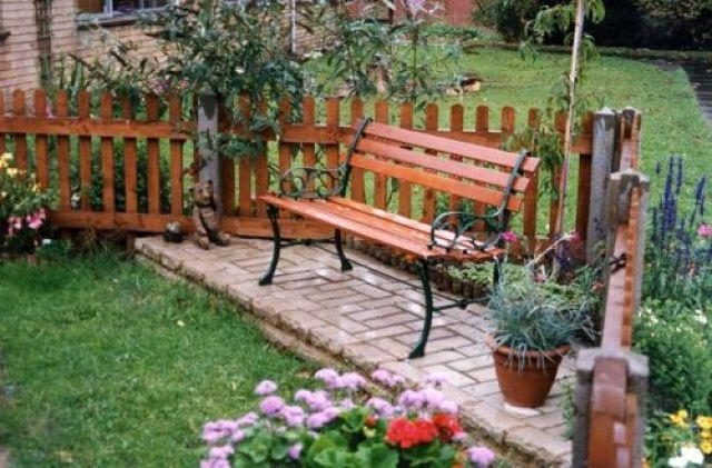 Lindo espacio de relax en el jardin