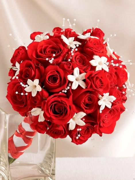 Imagen de ramo de rosas rojas para enviar a mi novia por mensaje el día de San Valentín