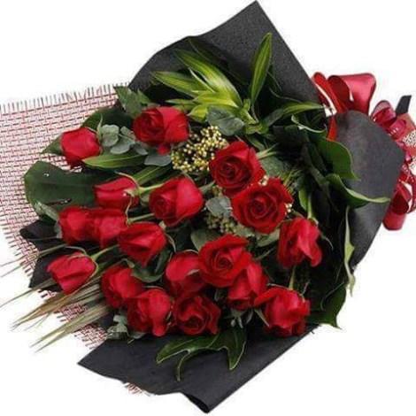 Ramos De rosas rojas para enviar el dia de san valentín