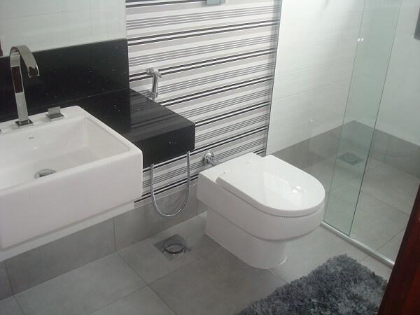 Piso para banheiro porcelanato cinza