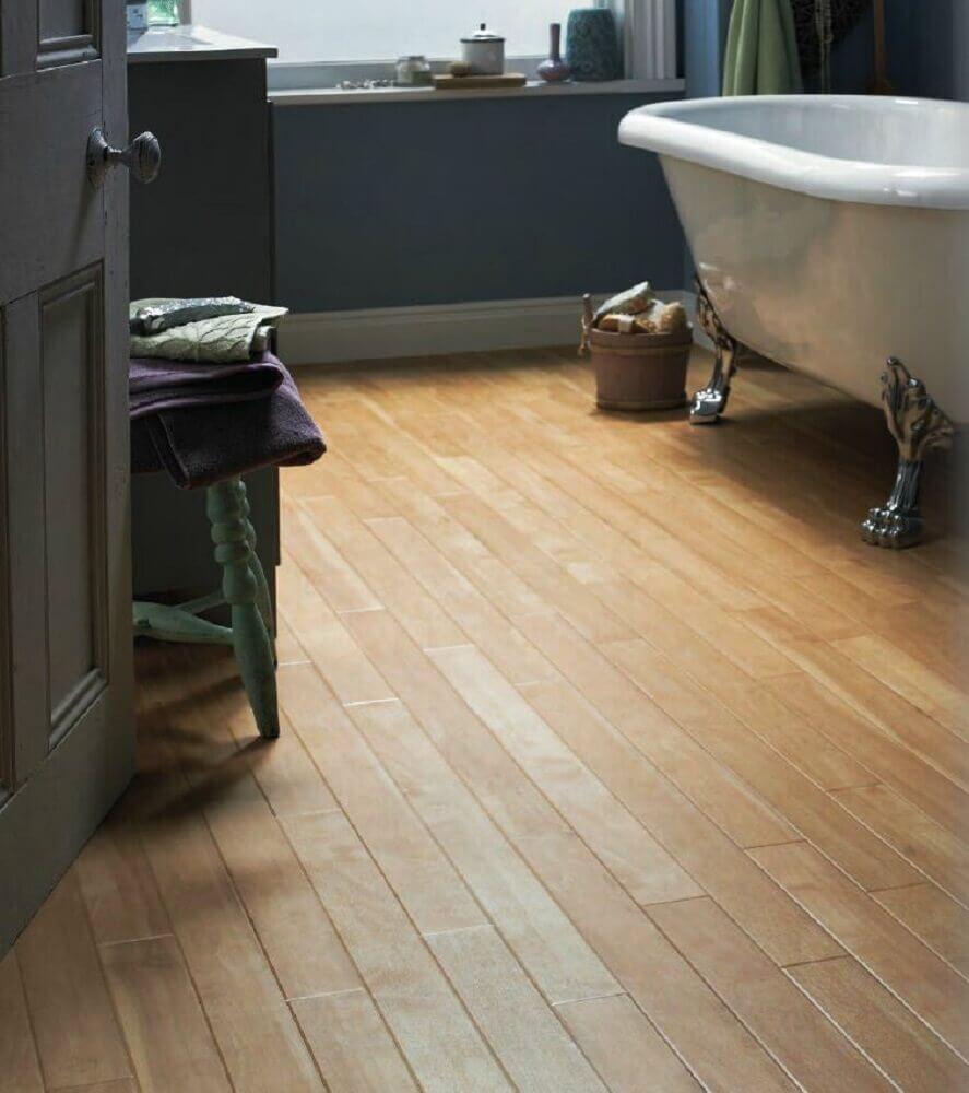 pisos para banheiro em madeira