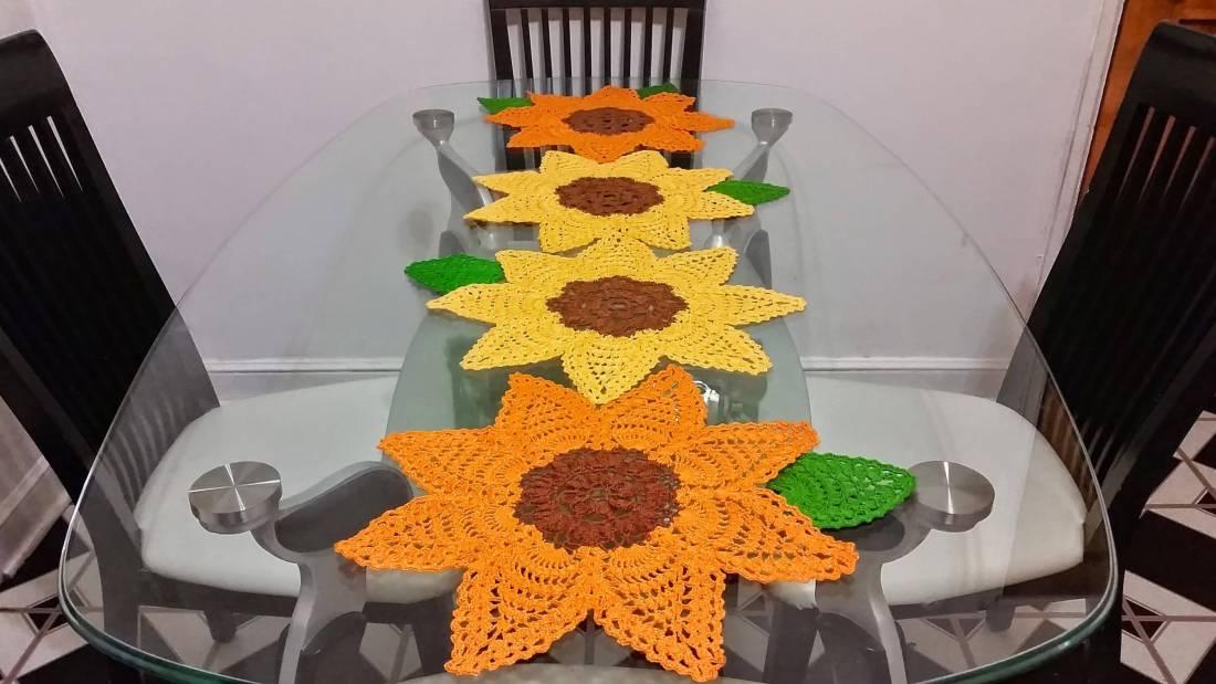 caminho de mesa de croche girasol