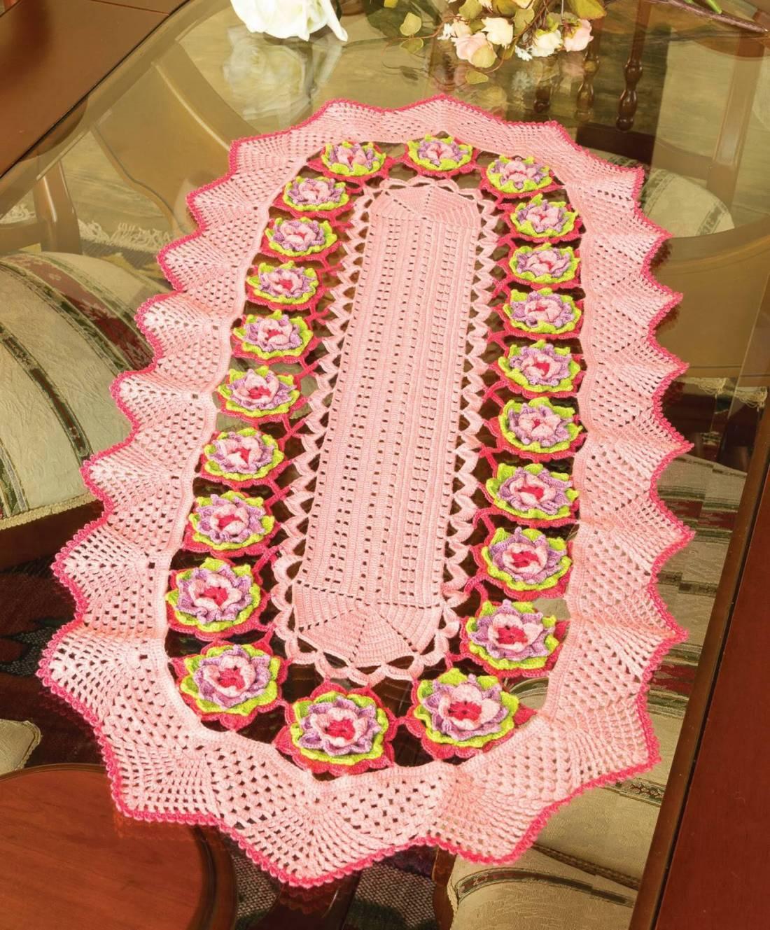 caminho de mesa de croche rosa