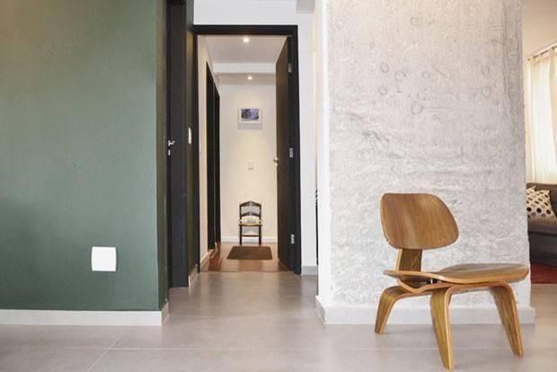 cadeiras hall com cadeira de madeira tria arquitetura 85211