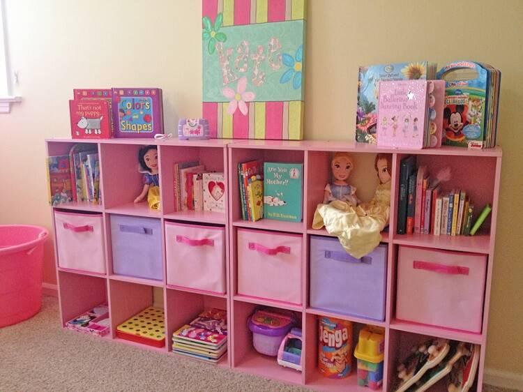 caixa organizadora prateleira brinquedoteca