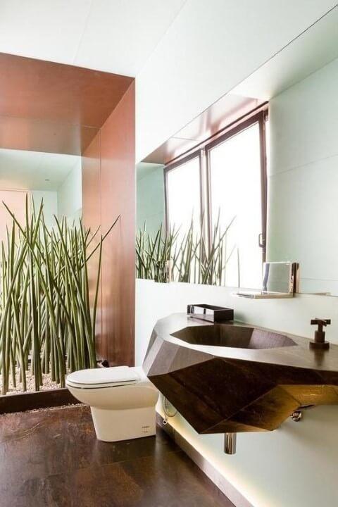 Banheiro de luxo com cuba de design diferente Projeto de Pascali Semerdjian