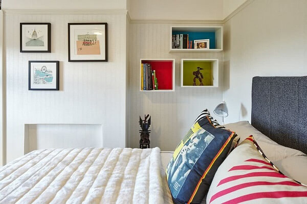 Reserve a special space in the room to fix the wall niche