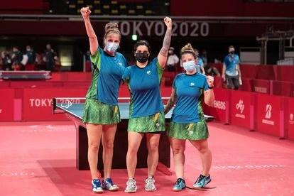 Danielle, Bruna e Jennyfer, equipe brasileira bronze em Tóquio.