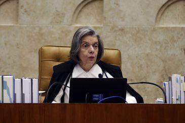 O plenário do Supremo Tribunal Federal retoma o julgamento de ação direta de inconstitucionalidade (ADI) sobre proibição de programas com sátiras a candidatos. Na foto, a ministra Carmém Lúcia.