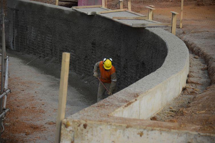 Construção da nova comunidade onde serão assentadas as famílias moradoras de Bento Rodrigues, distrito de Mariana.