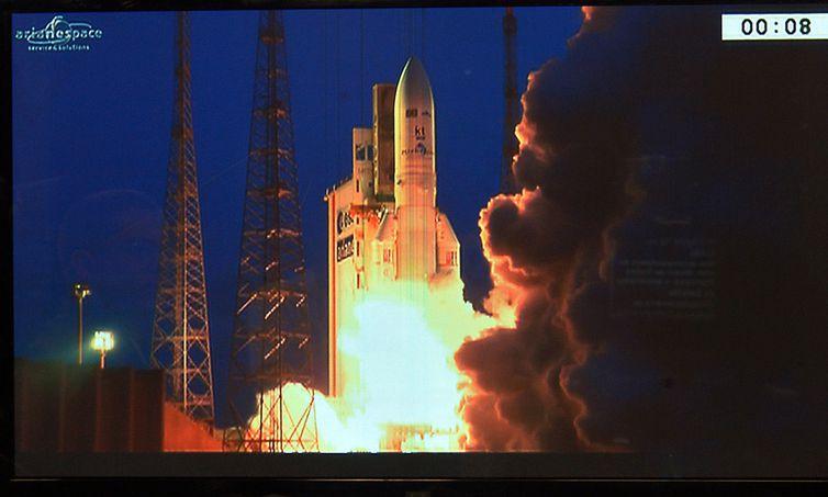 Brasília - Primeiro satélite geoestacionário brasileiro para defesa e comunicações estratégicas é lançado ao espaço (Marcello Casal Jr/Agência Brasil)