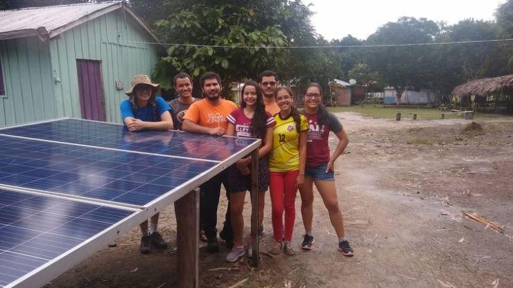 A Universidade Federal do Amazonas (Ufam) levou energia elétrica, por meio de energia solar fotovoltaica, para casas da comunidade indígena Nova Esperança