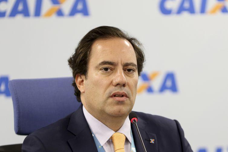 O presidente da CAIXA, Pedro Guimarães, anuncia redução das taxas de juros para o crédito imobiliário com recursos do SBPE.