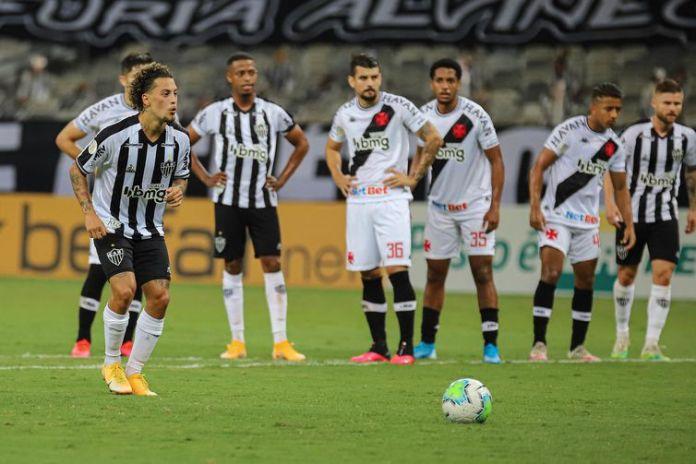 No primeiro turno, Galo goleou Vasco por 4 a 1.