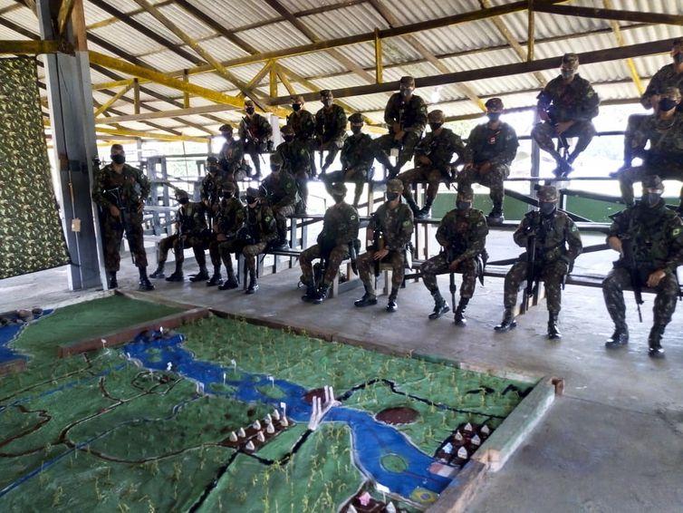 Ações da brigada de fronteira,Marinha,Oiapoque