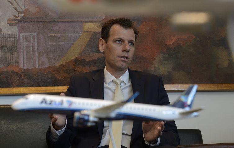O secretário Nacional de Aviação Civil (SAC), Ronei Saggioro Glanzmann, durante reunião sobre estratégias da aviação.
