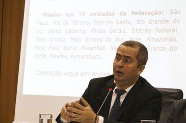 O coordenador do Serviço de Inteligência do Ministério da Justiça, Alessandro Barreto, durante coletiva de imprensa sobre a  Operação Luz da Infância 4.