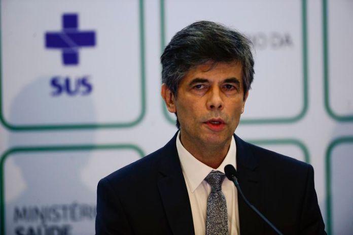 O médico Nelson Teich, que deixa o cargo de ministro da Saúde hoje (15), fez um pronunciamento de despedida, no qual fez um balanço da sua curta atuação à frente da pasta