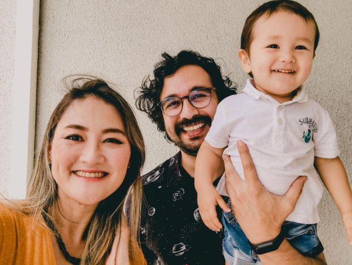 Caroline Akemi agora tem mais tempo pra família