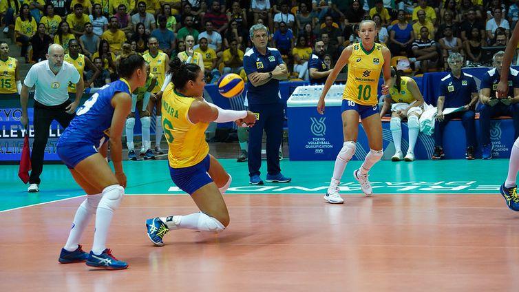 selecao_brasileira_feminina_de_volei_pre-olimpico