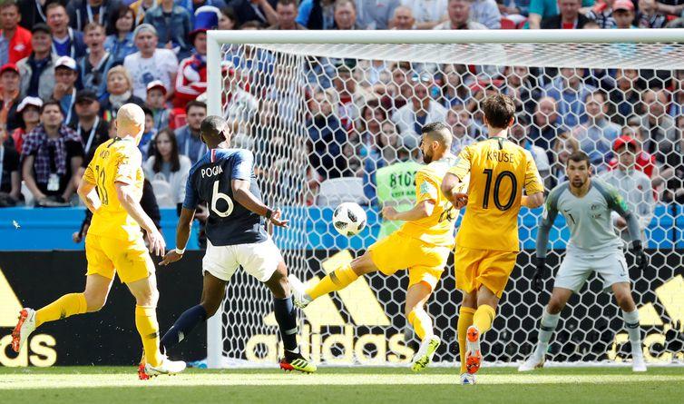 Copa 2018:França e Austrália. Paul Pogba, da França, marca seu segundo gol.