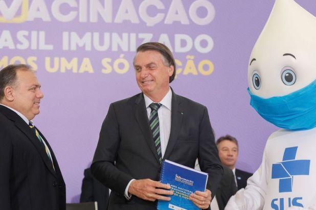 O Presidente Jair Bolsonaro, participa do lançamento do Plano Nacional de Operacionalização da Vacinação Contra a Covid-19.