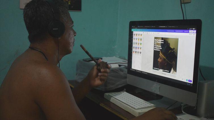 Indígenas utilizam a internet para derrubar estereótipos