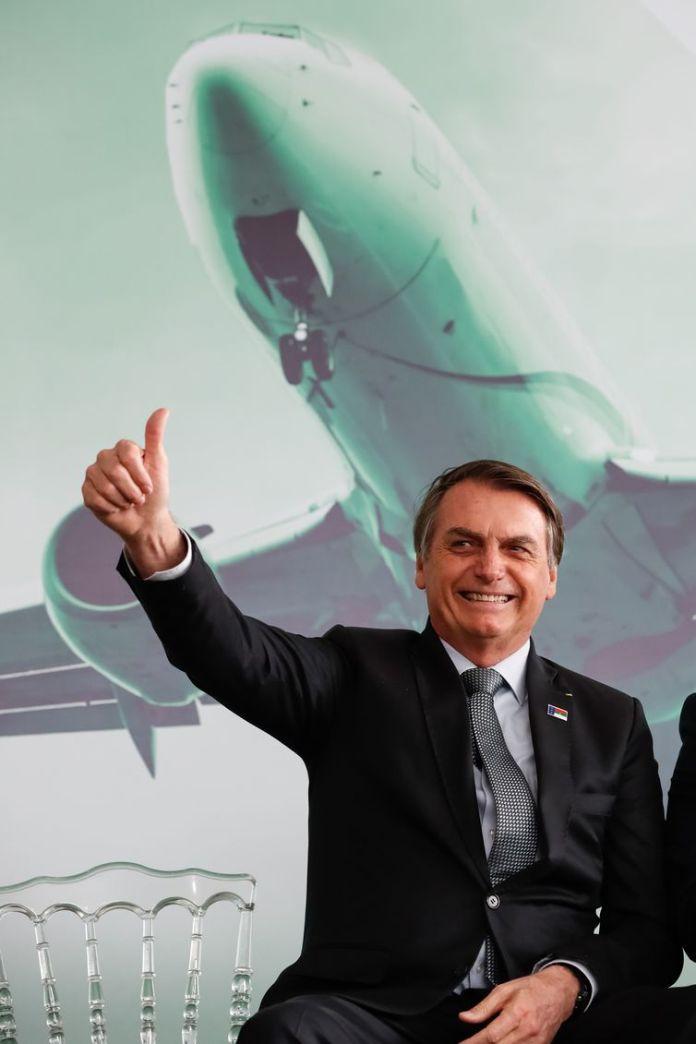 O presidente Jair Bolsonaro durante cerimônia de inauguração do Aeroporto Glauber Rocha, em Vitória da Conquista (BA).