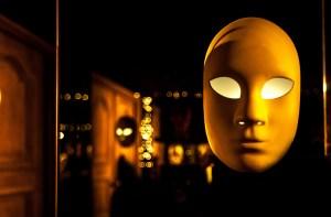 Máscara De Olhos bem Fechados